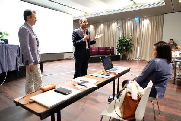 meeting-dba10481ADB2A4-F839-11C5-A04E-E58D36539C55.jpg